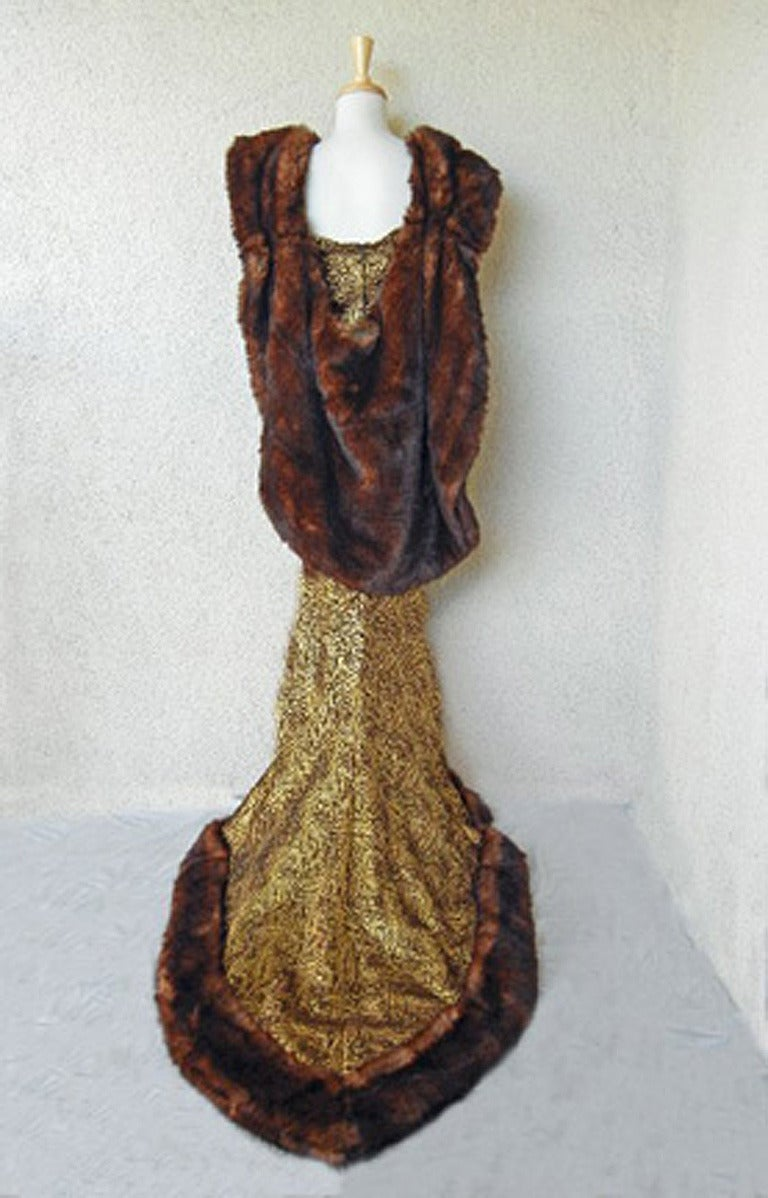 Thierry Mugler A/W 1997-1998 Paris Haute Couture Medieval Runway Gown Rare! In Excellent Condition For Sale In Los Angeles, CA