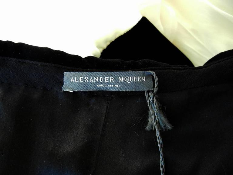 Women's Alexander McQueen Black and White Gown, 2009   For Sale