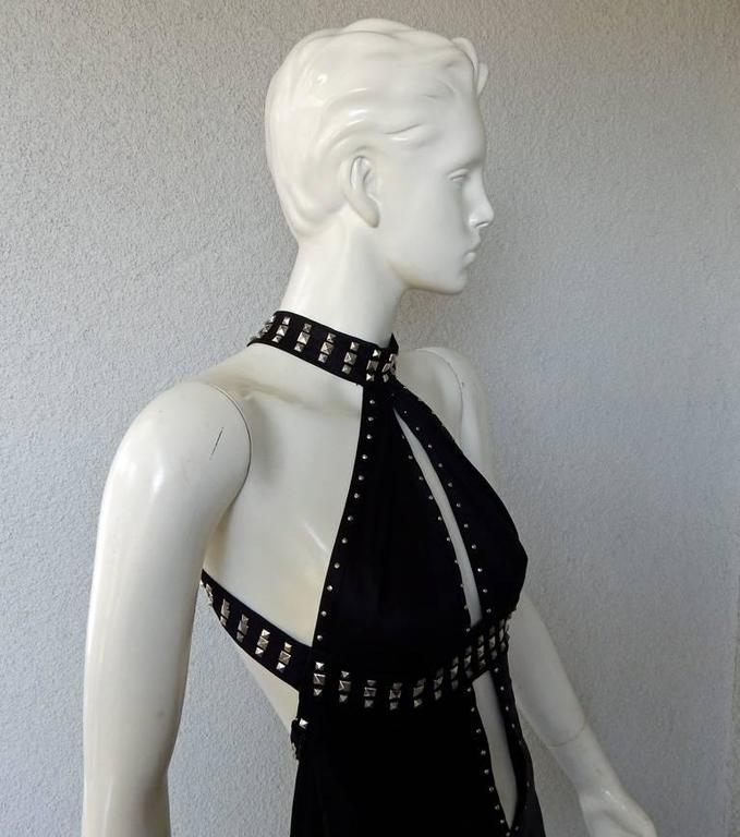 Versace Runway Plunging Neckline Bondage Dress Gown In New Condition For Sale In Los Angeles, CA