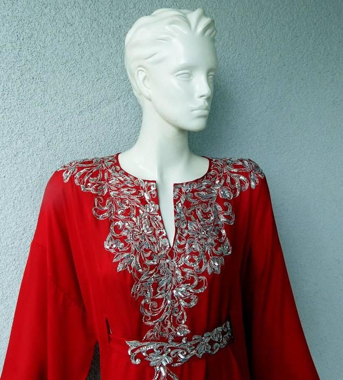 Red Oscar de la Renta Embroidered Silk Caftan with matching dress  New!  Price Drop! For Sale