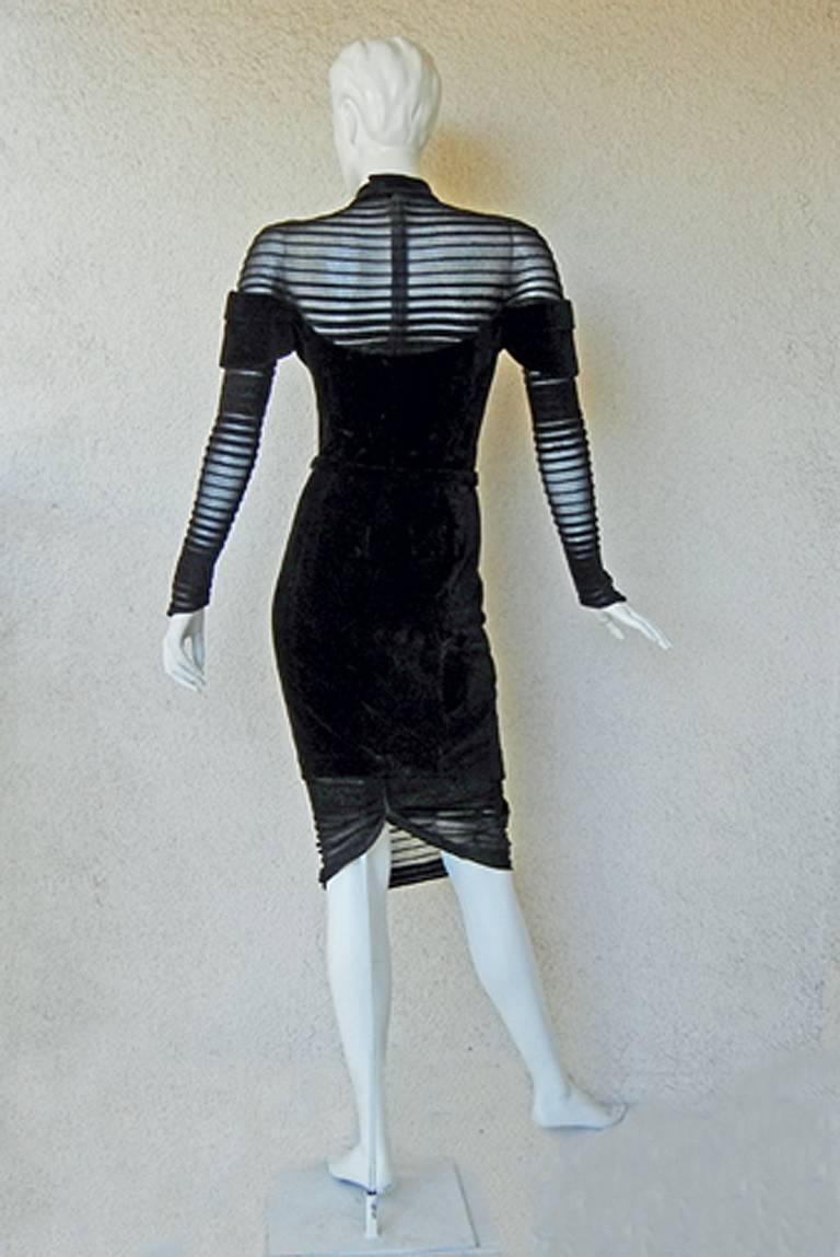 Thierry Mugler Dramatic Iconic Siren Dress in Galaxy Book  Collectors! In Excellent Condition For Sale In Los Angeles, CA