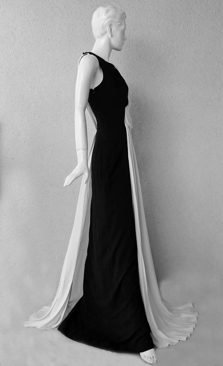 Gray Vionnet Grecian Draped Single Shoulder  Black & White Dress Gown  For Sale