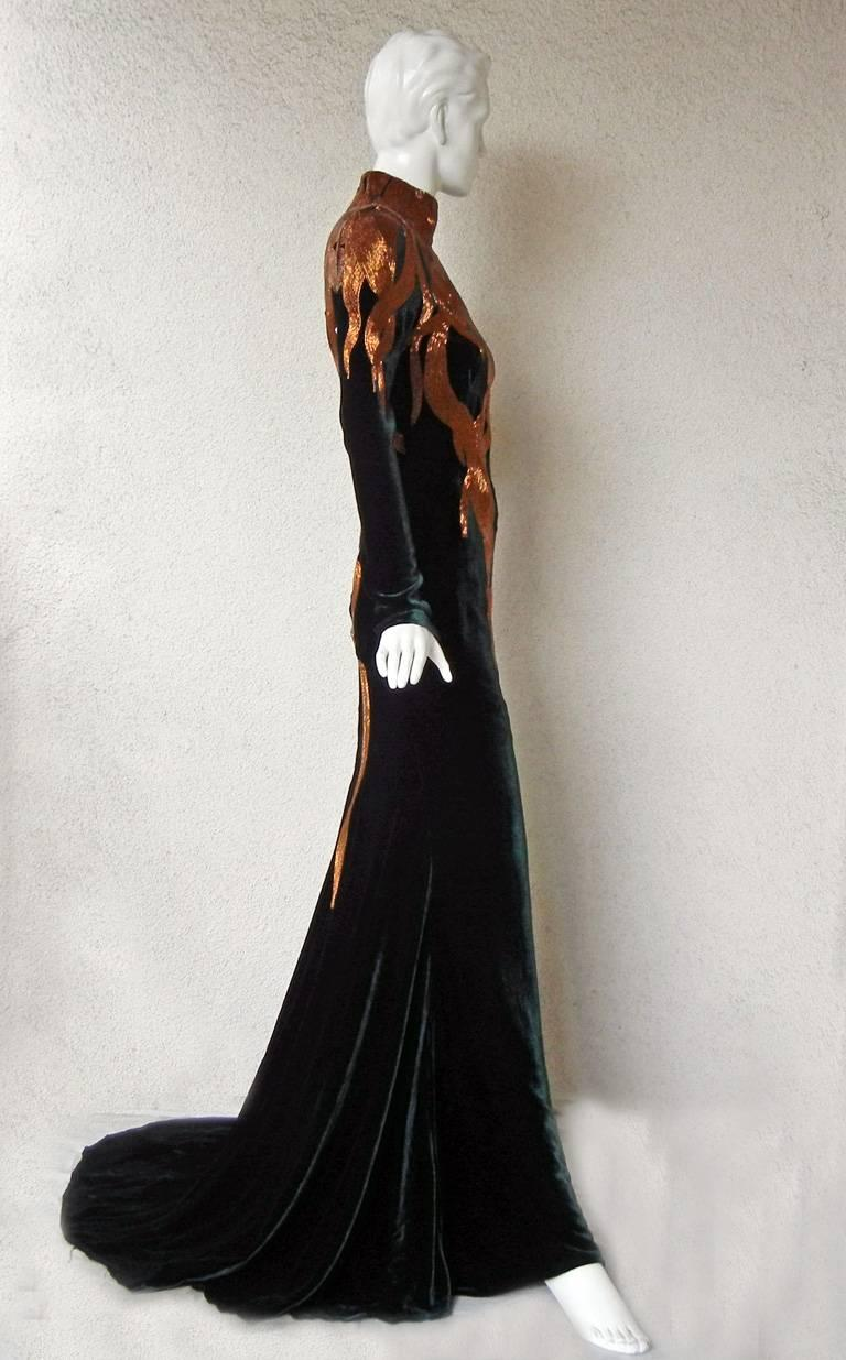 The NWT Alexander McQueen 2007 Velvet Beaded Flame Gown  Entrance Maker!  In New Condition For Sale In Los Angeles, CA