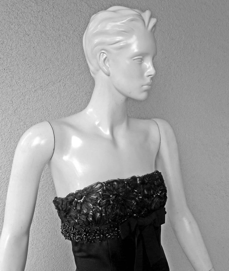 Giambattista Valli Strapless Embroidered Silk Gown 2