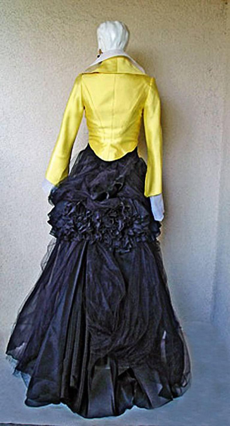 Rare Christian Lacroix 1999 Haute Couture Runway Ensemble - Collectors In Excellent Condition For Sale In Los Angeles, CA