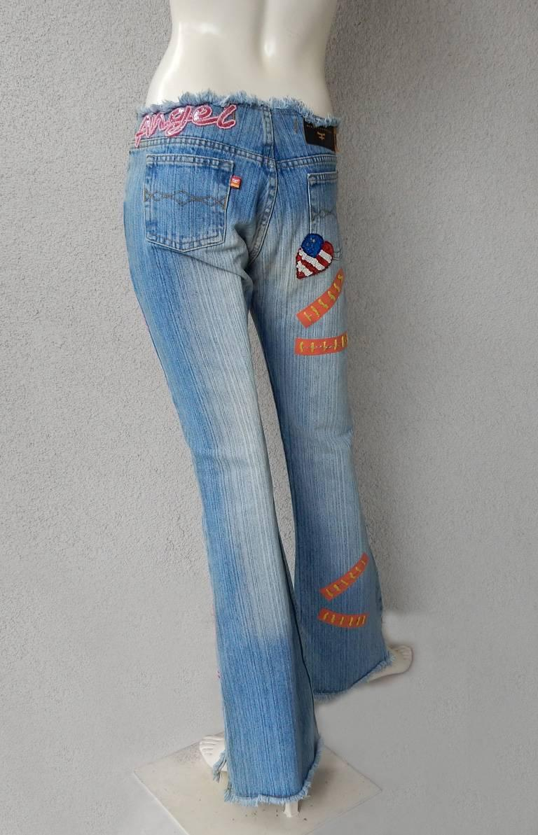 Kosiuko Rare Vintage Jeans with Large Roses Embellished Jeans  New Condition   For Sale 1