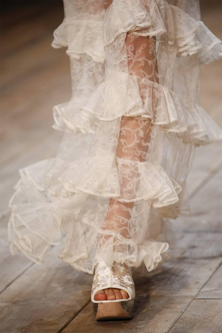 Alexander McQueen Runway Dreamy Lace Tiered Dress Gown   New! In New Condition For Sale In Los Angeles, CA