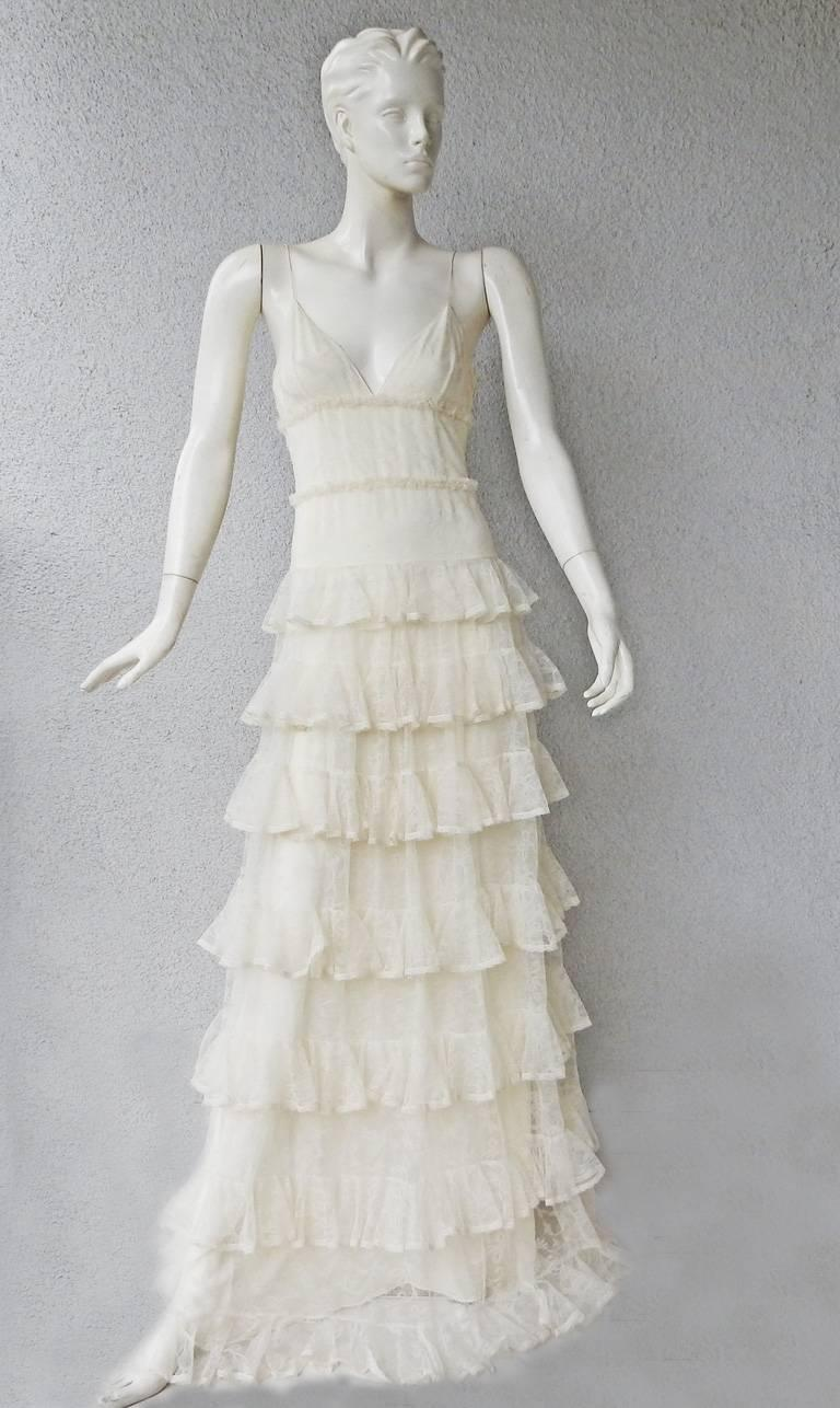 Alexander McQueen Runway Dreamy Lace Tiered Dress Gown   New! For Sale 4