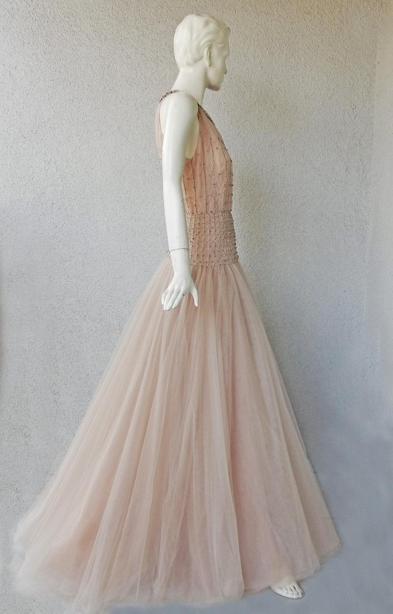 Valentino $19K Fantasy Silk Net & Tulle Beaded Pink Gown  New! For Sale 3