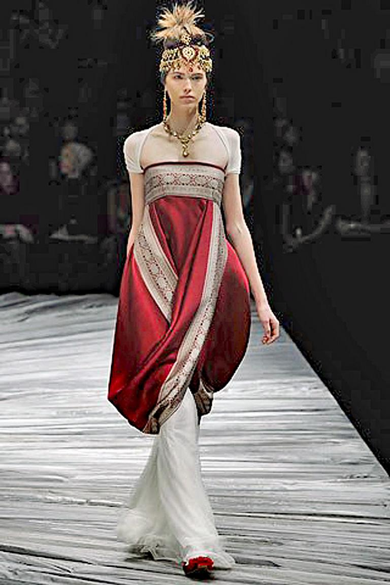Gray Alexander McQueen 2008 Look of Royalty Red and Silver Strapless Dress For Sale
