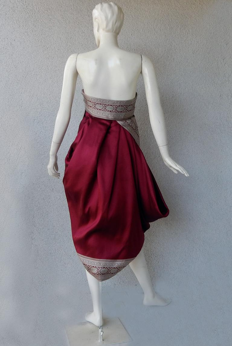 Women's Alexander McQueen 2008 Look of Royalty Red and Silver Strapless Dress For Sale