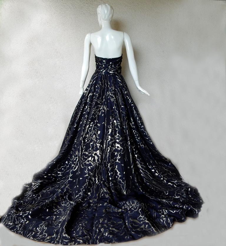 Women's Oscar de la Renta Hi Fashion WOW Ballgown + Crinoline!     For Sale