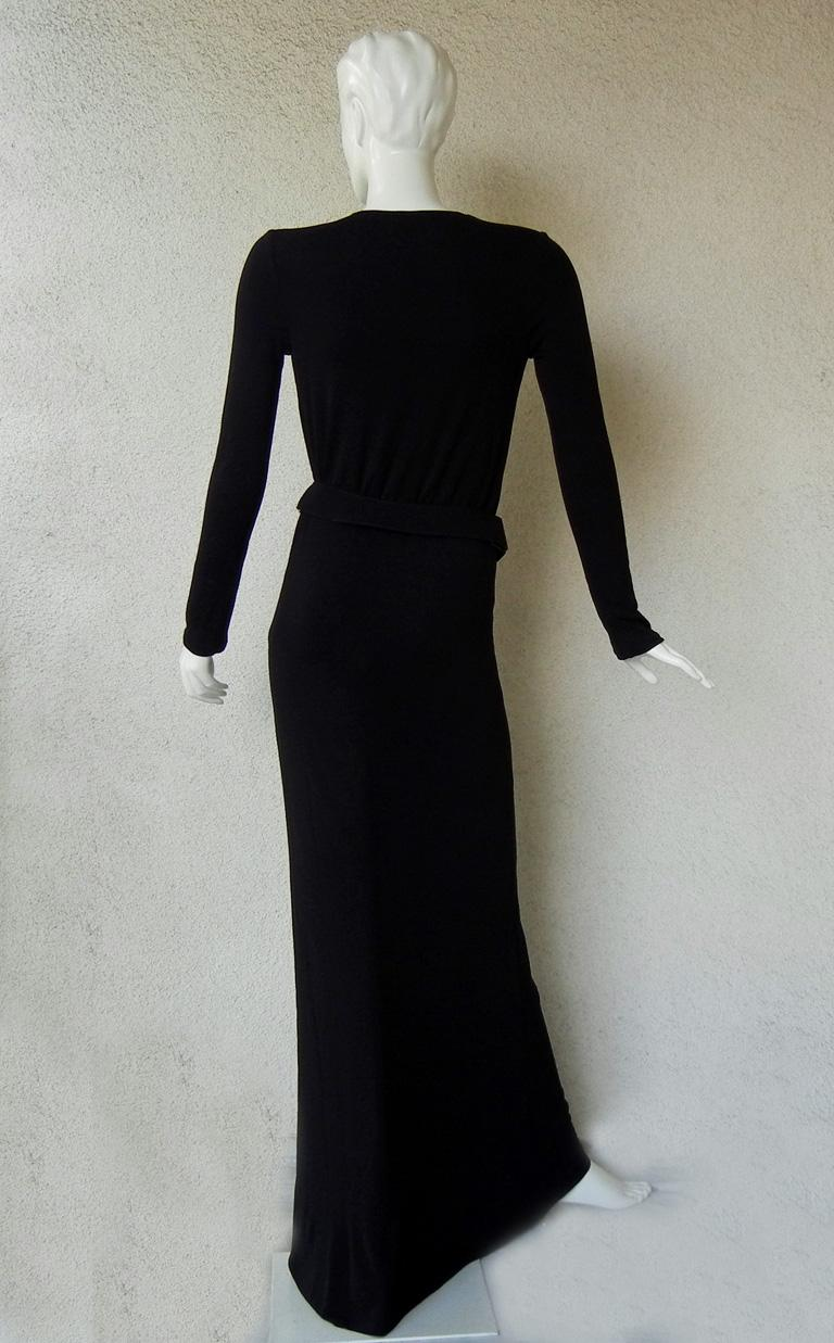 Gucci by Tom Ford Iconic Halston Inspired 1996 Gown in Tom Ford Book Dress   In Excellent Condition For Sale In Los Angeles, CA