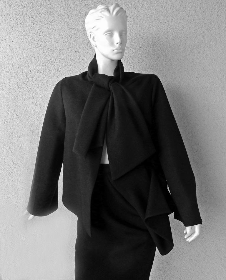 Women's Christian Dior Stylish Couture 50's Inspired Suit 2013 Runway Collection   For Sale