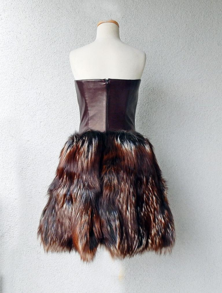 Alexander McQueen 2007 Genuine Red Fox Fur Leather Bustier Dress   NEW! In New Condition For Sale In Los Angeles, CA