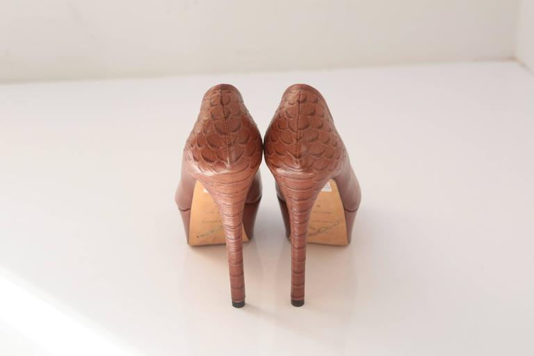 Women's B Brian Atwood Blayne Brown Pump Embossed Snakeskin Sculptual Heel For Sale