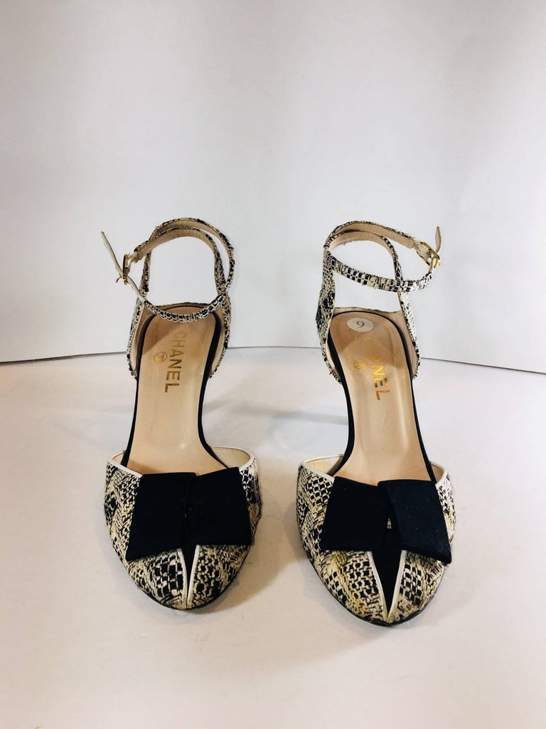 Beige Chanel Round Toe with Bow Accents For Sale