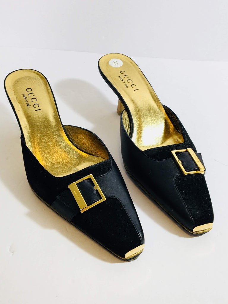 Gucci Black Leather and Velvet Paneled Kitten Heel Mule with Gold Buckle Detail and Square Toe in Size 8B.