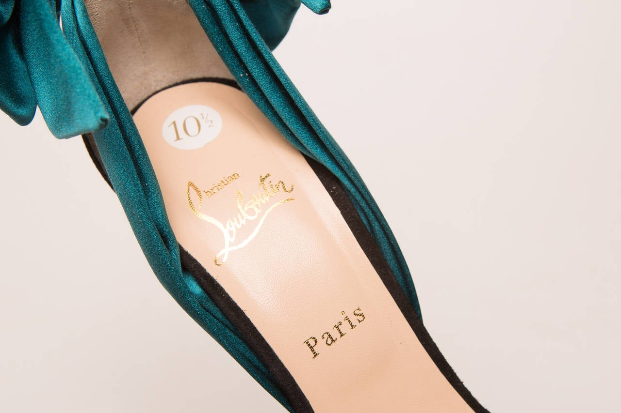 Christian Louboutin Teal High Heel Sandal In Excellent Condition For Sale In Southampton, NY