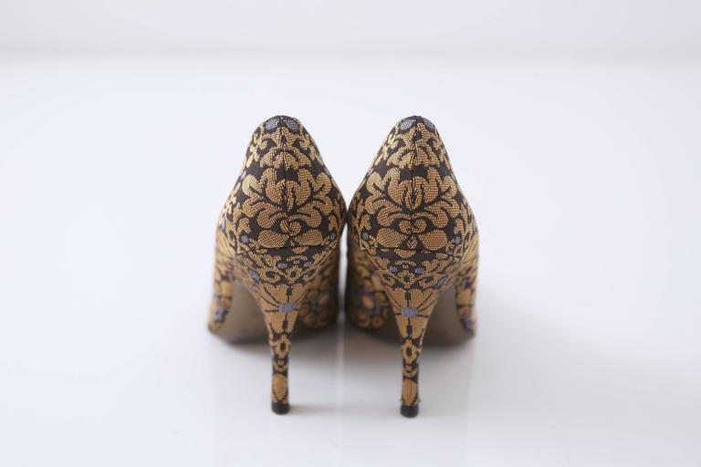 YSL Gold & Brown Brocade Heeled Pumps  In Excellent Condition For Sale In Southampton, NY