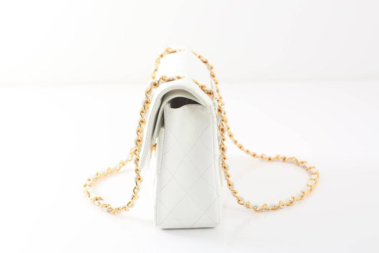 1997-1999 Chanel White Gold Small Double Flap Handbag In Good Condition For  Sale e833d6329bd54