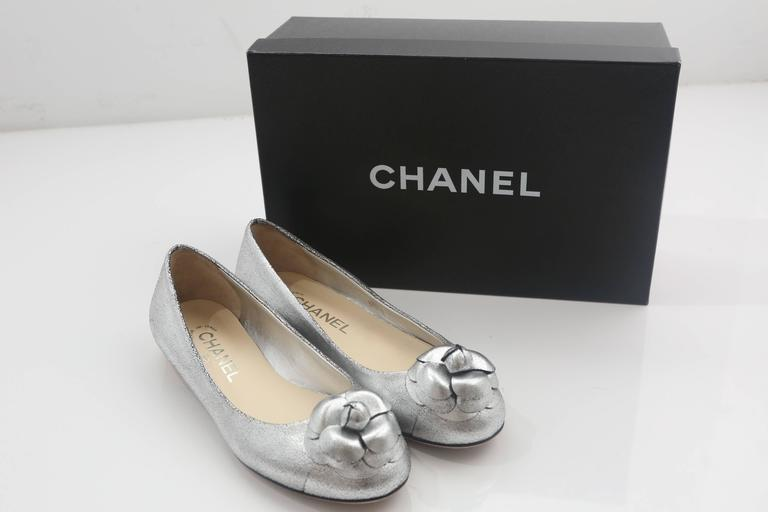 Chanel Silver Flats W/ Rosette  For Sale 1