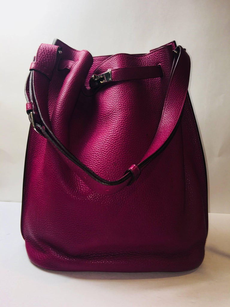 Hermes Plum So Kelly Bag In Excellent Condition For Sale In Southampton, NY