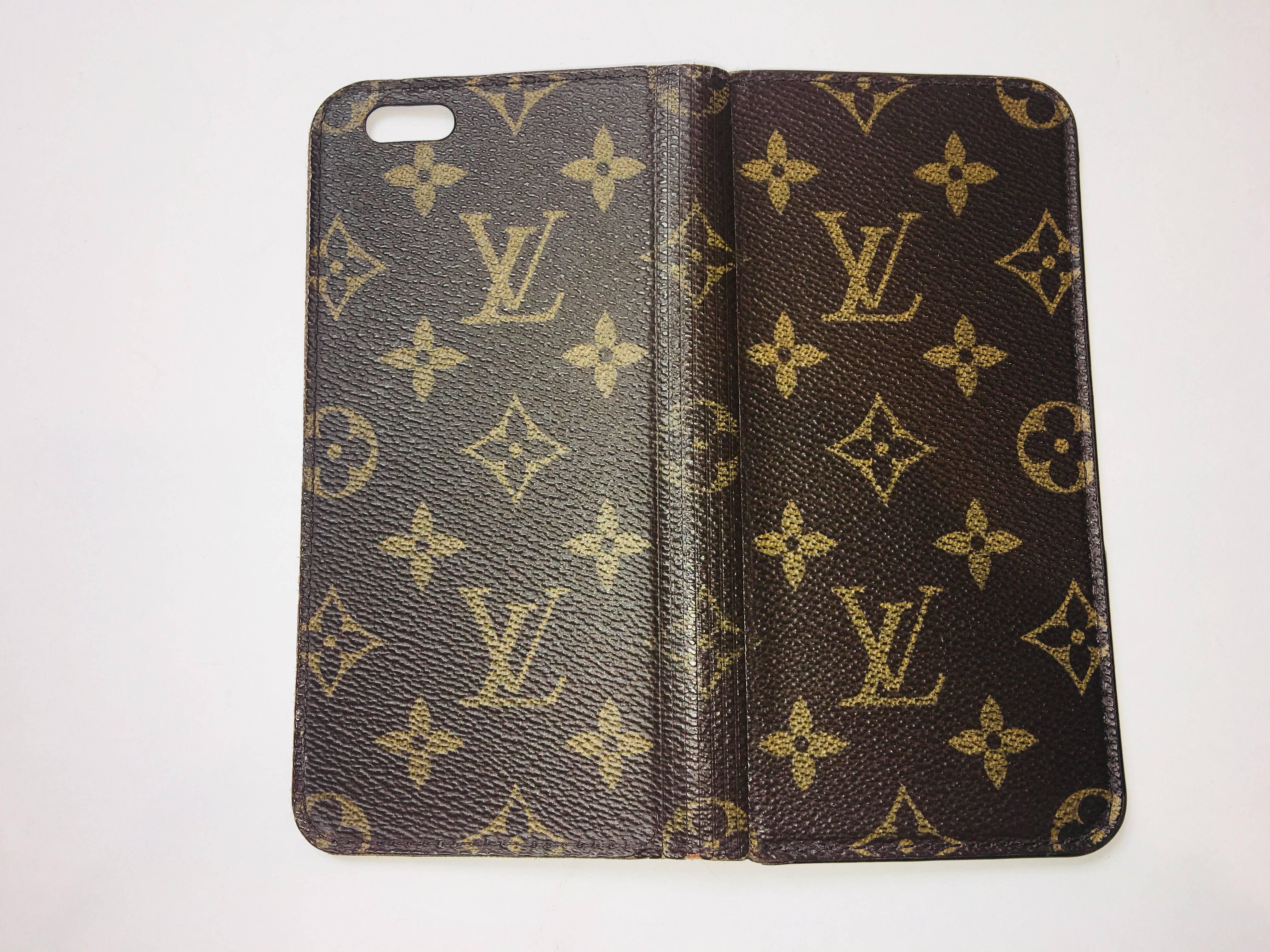 timeless design 3bfdc 133c2 Louis Vuitton Phone Case