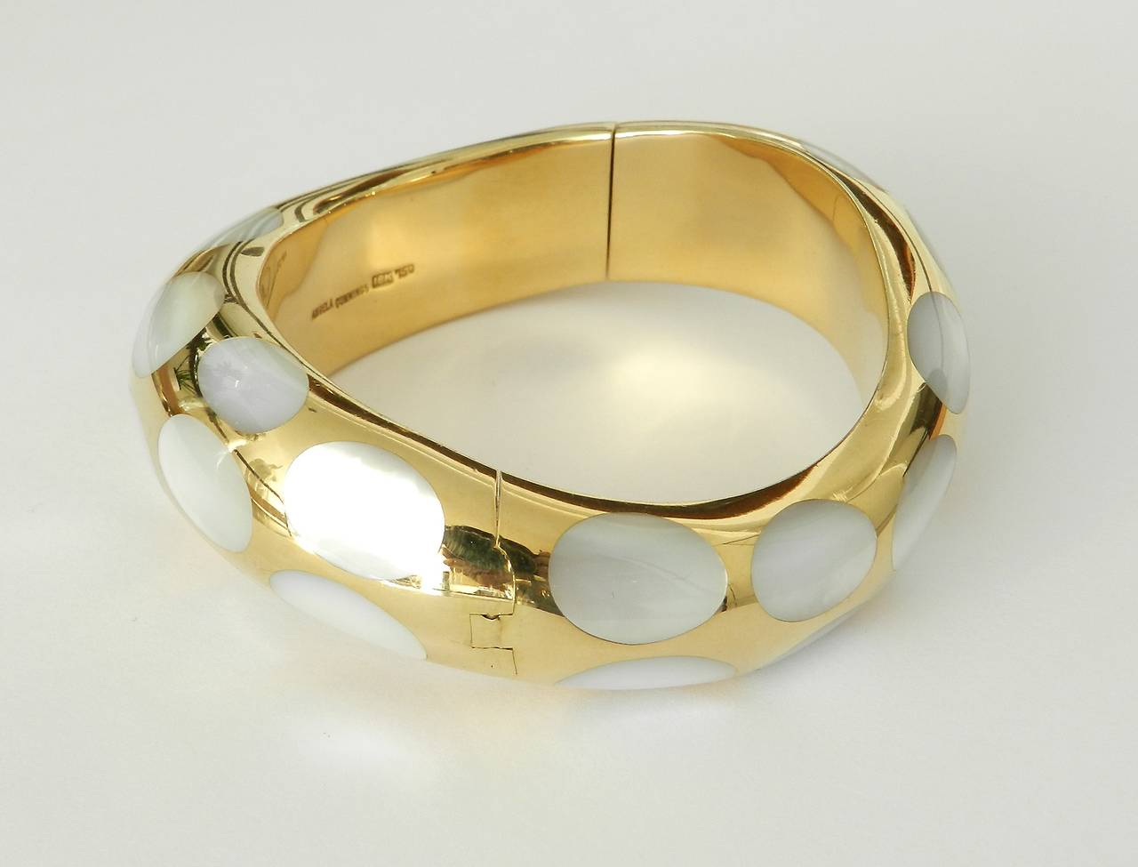 18k Gold And Mother Of Pearl Bracelet 2