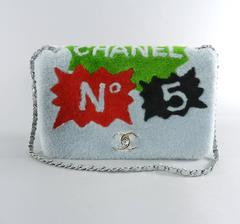 Chanel 14A Patchwork No. 5 Caption Comic Shearling jumbo flap bag - Grey