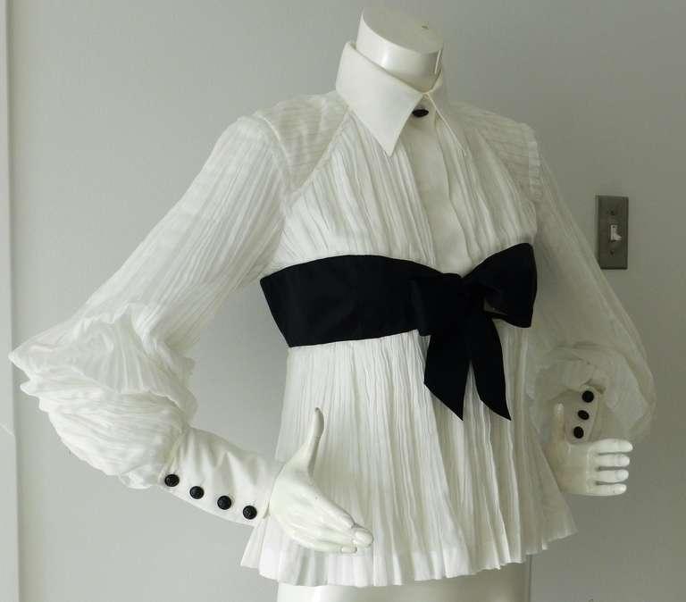 Chanel 09P White Pleated Blouse w Black Silk Ribbon 5