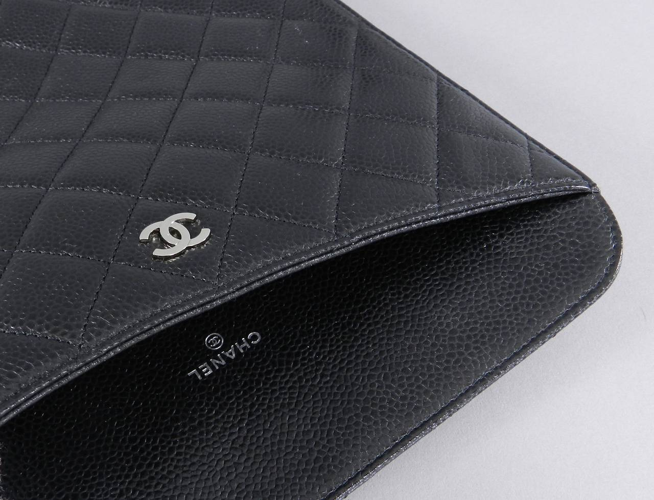 Women's Chanel Black Caviar Ipad Case - Silvertone Hardware For Sale