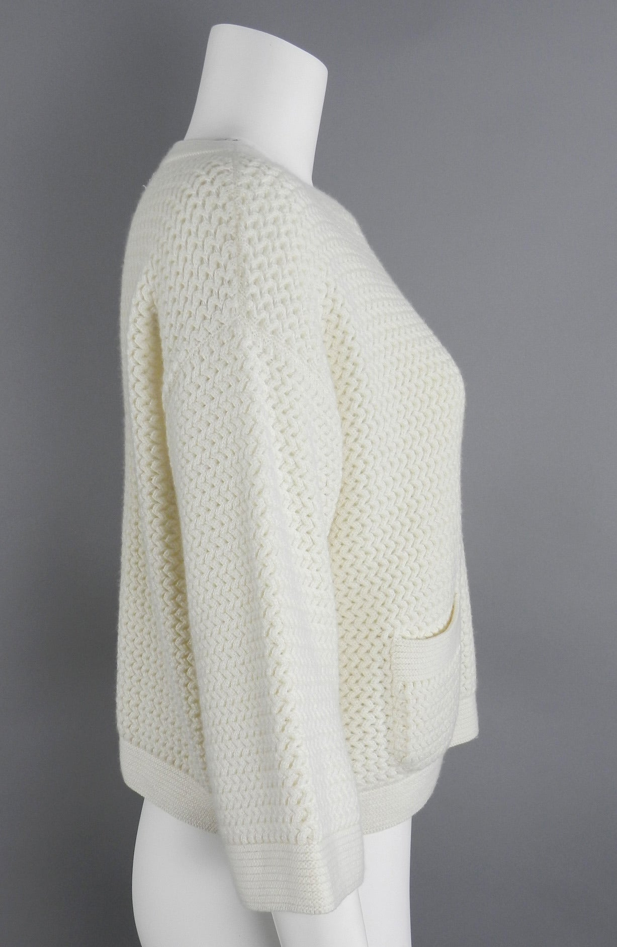 Chanel Ivory Cashmere Cropped Sweater Top 2