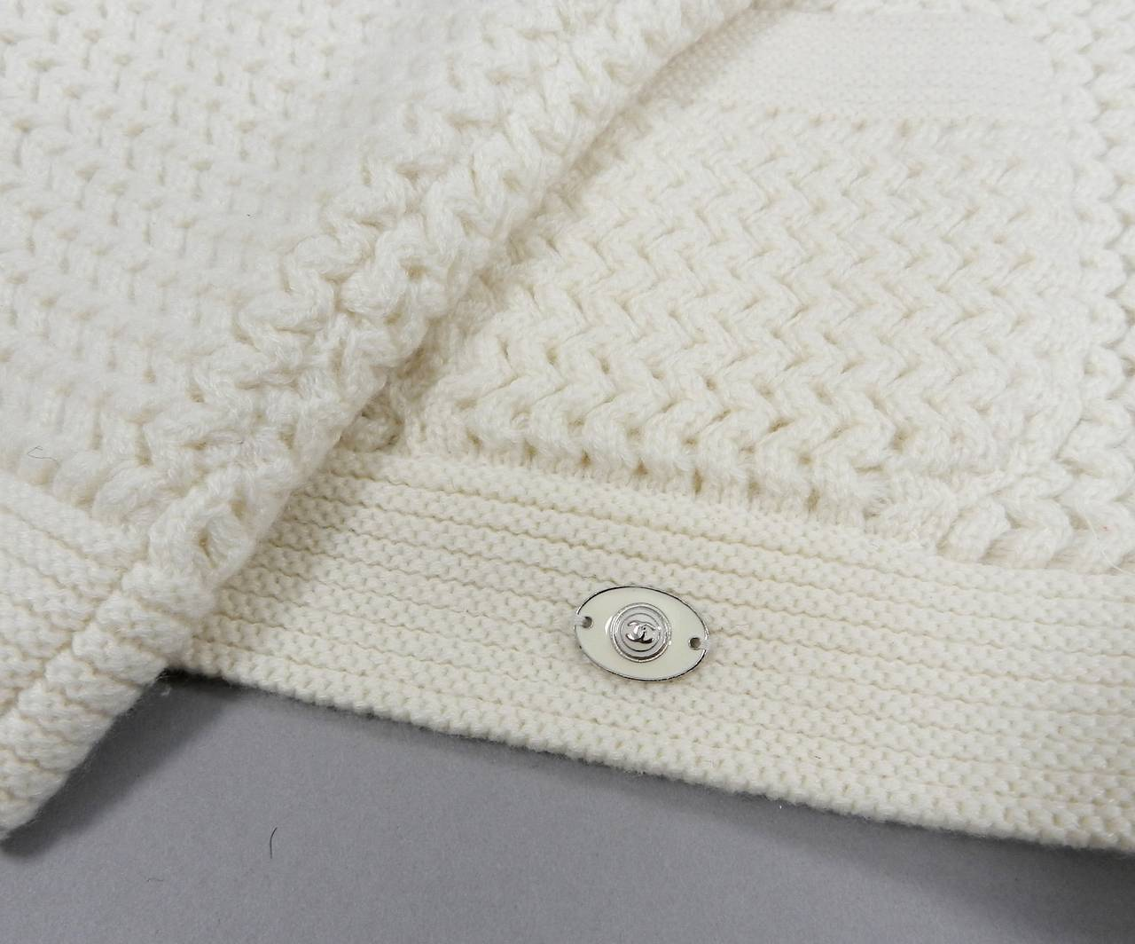 Chanel Ivory Cashmere Cropped Sweater Top 4