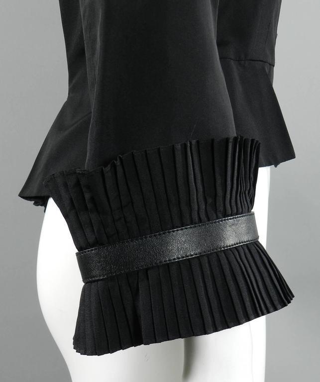 Alexander McQueen Fall 2002 Black Silk Victorian Style Jacket For Sale 3
