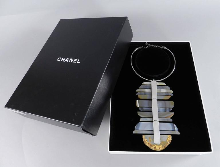 Chanel 09P Runway Large Modernist Agate Statement Necklace For Sale 2