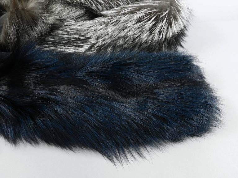 Lanvin fall 2010 Silver fox fur scarf / stole with 1 sleeve 9