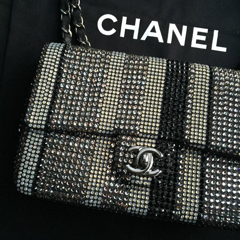 Chanel Limited Edition Strass bag - Classic Flap Mini  10