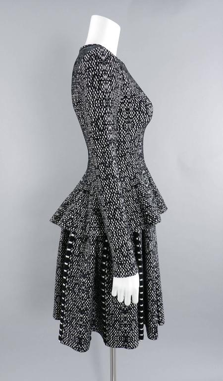Alaia Black and White Knit Jersey Peplum Top and Flare Skirt Set For Sale 1