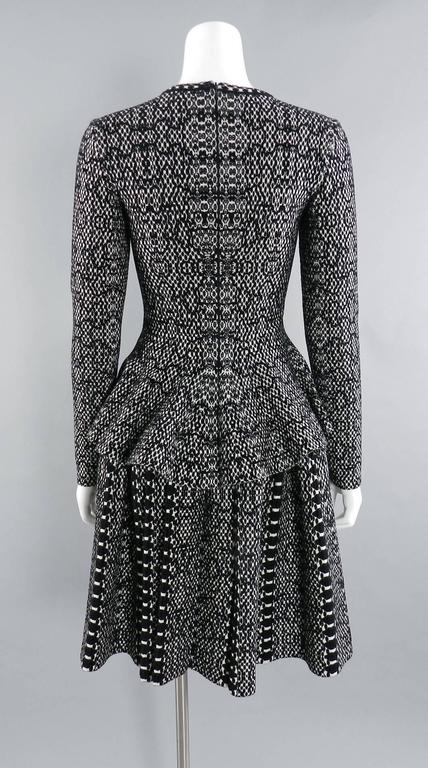 Alaia Black and White Knit Jersey Peplum Top and Flare Skirt Set For Sale 2