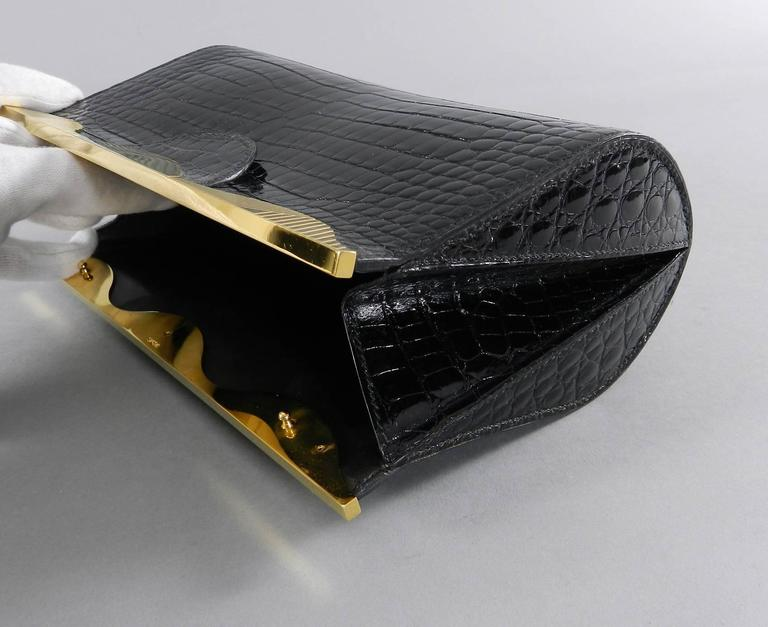 Hermes Vintage 1998 Limited Edition Black Crocodile Clutch with Gold Frame For Sale 2