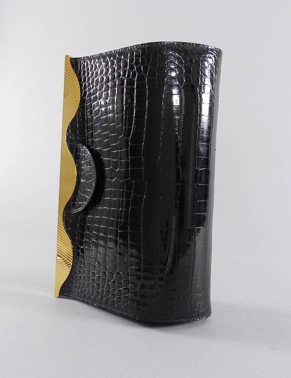 Hermes Vintage 1998 Limited Edition Black Crocodile Clutch with Gold Frame For Sale 3