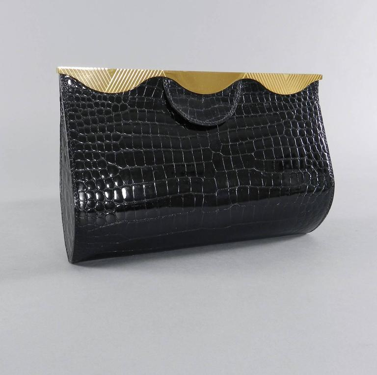 Hermes Vintage 1998 Limited Edition Black Crocodile Clutch with Gold Frame For Sale 6