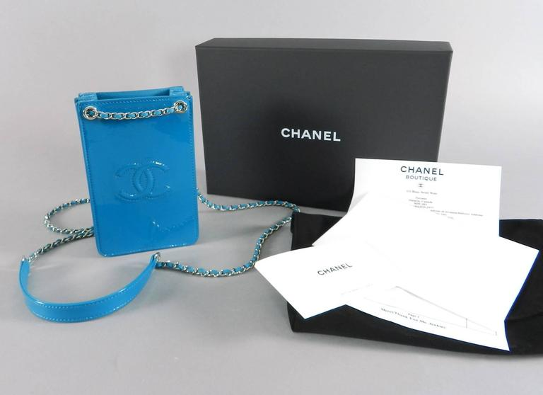 9d0a9d4b00ed Chanel 14P Runway Turquoise Patent Crossbody Phone Case / Bag For Sale 5