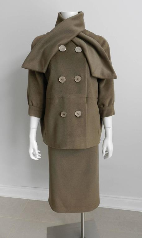 Nina Ricci 1960's Brown Cashmere Skirt Suit For Sale 6