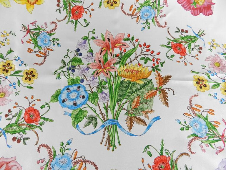 5ce2aa2295c Vintage 1980 s GUCCI flora and fauna silk scarf by V Accornero In Excellent  Condition For Sale