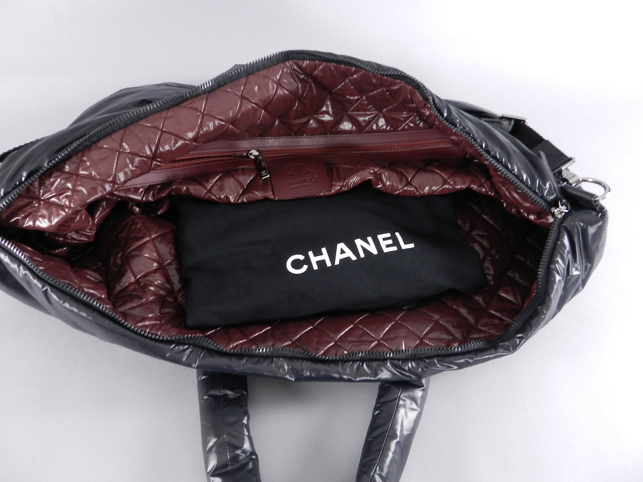 8de2f0fa99a0 Chanel Cocoon Nylon Quilted Oversized Travel Weekend Bag at 1stdibs