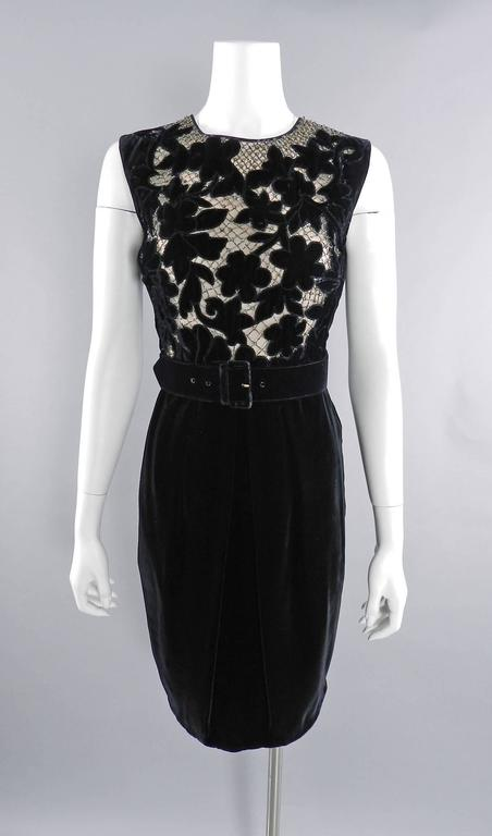 Valentino Black Velvet Cocktail Dress with Lace and Jewels For Sale 3