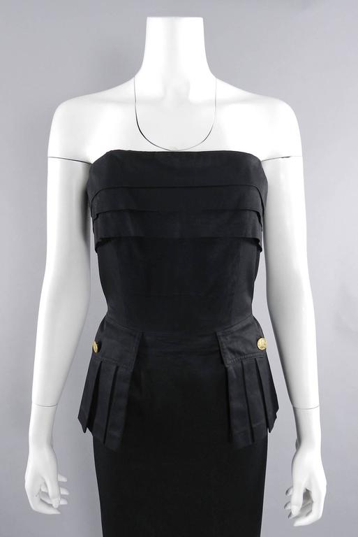 Chanel Vintage 1987 Black Strapless Cotton Dress with Wheat Buttons For Sale 1