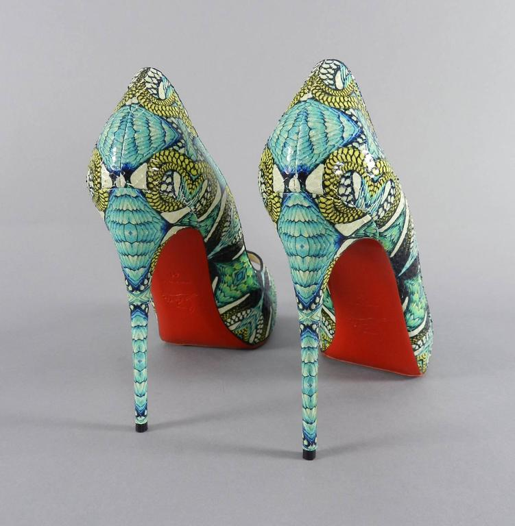 Christian Louboutin Green Python Inferno Platform Heels In New Condition For Sale In Toronto, ON